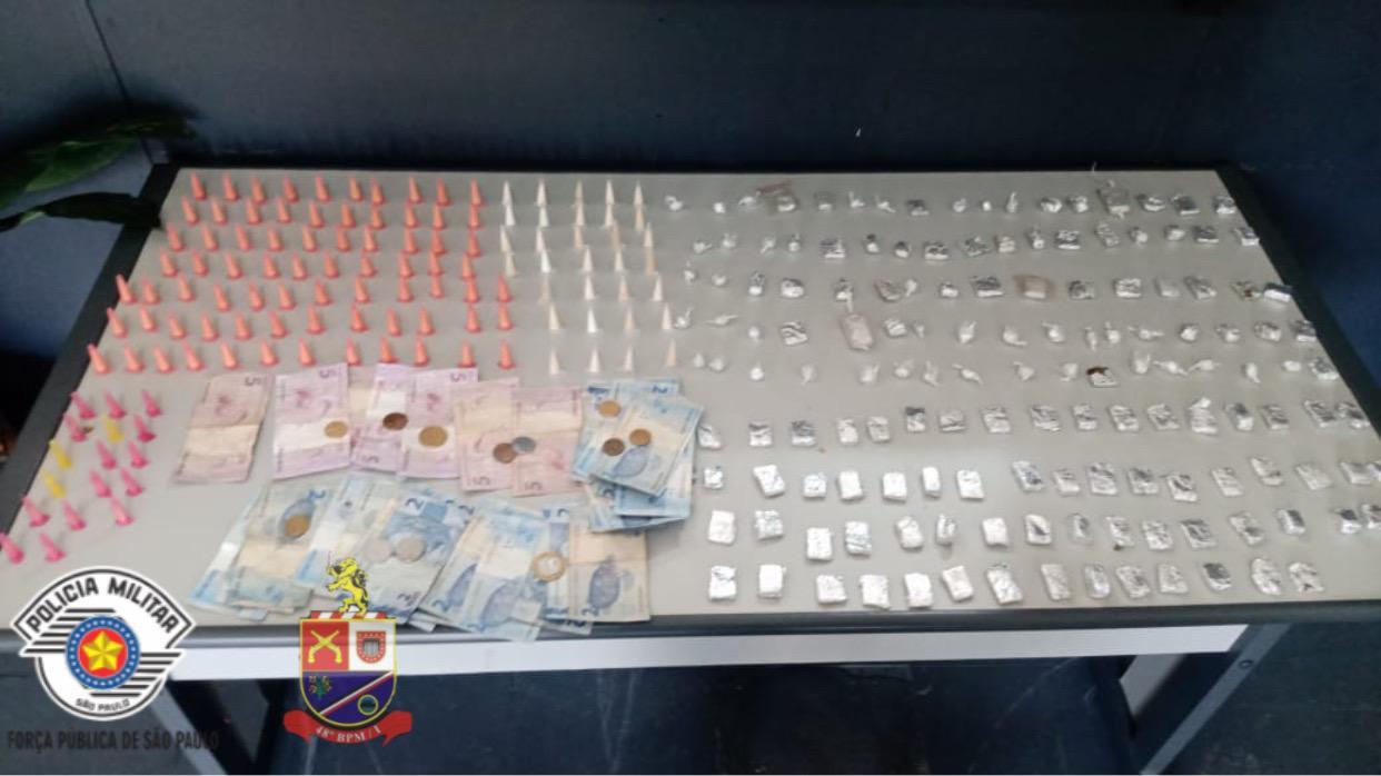 Polícia flagra venda de drogas e prende um em Hortolândia