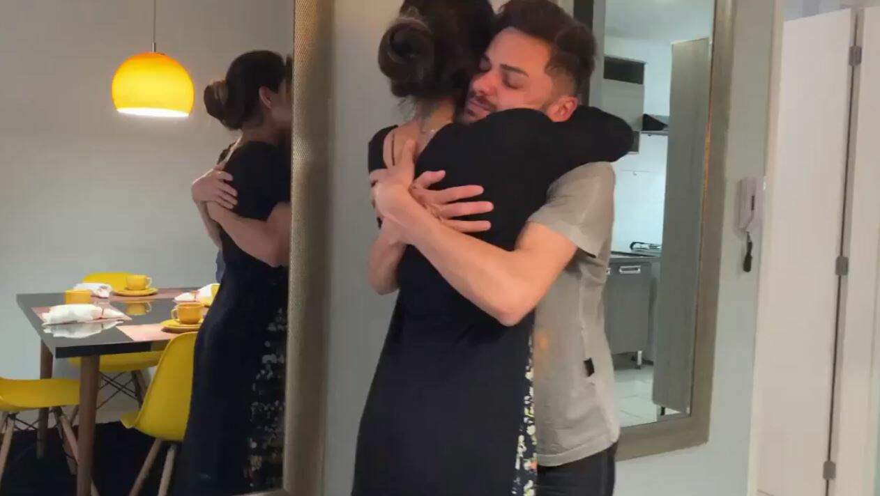 Mayra Cardi dá apartamento para amigo