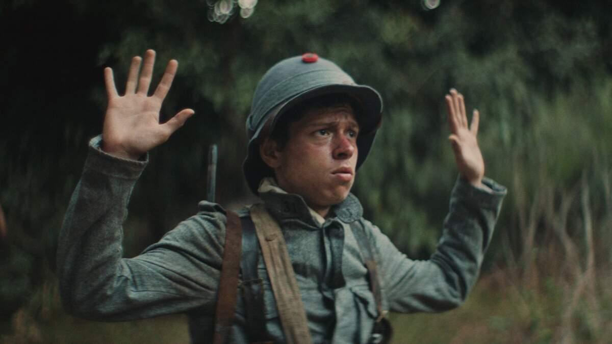 Longa ambientado na 1ª Guerra mostra jornada de jovem em busca de pelotão