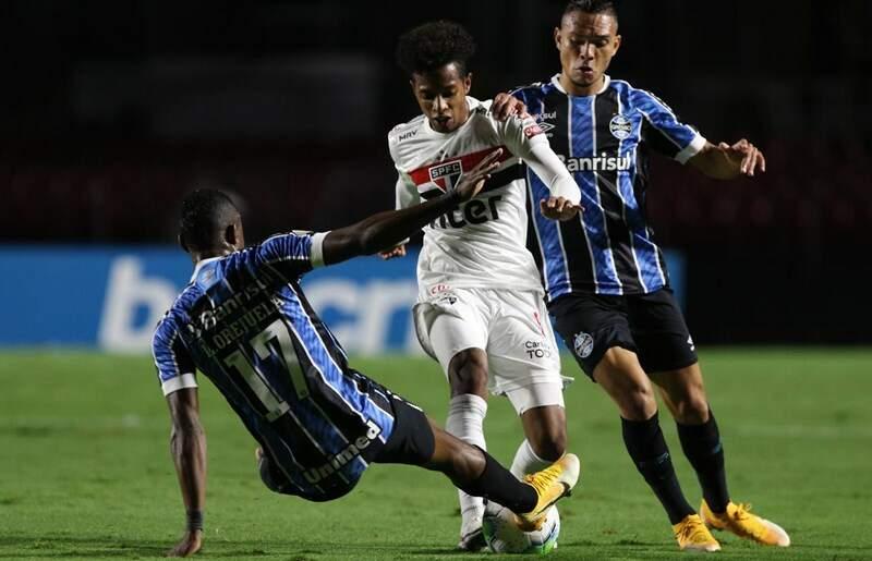 Grêmio vai pedir anulação do jogo contra o São Paulo por 'arbitragem danosa'