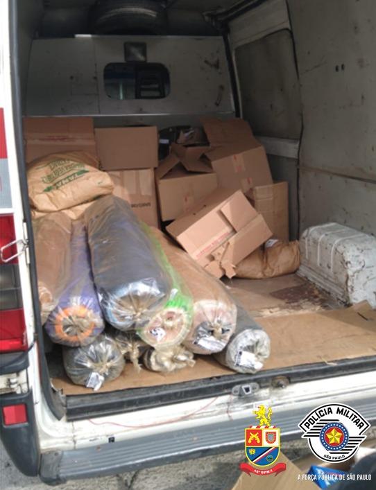 Polícia recupera carga roubada de calçados em Hortolândia