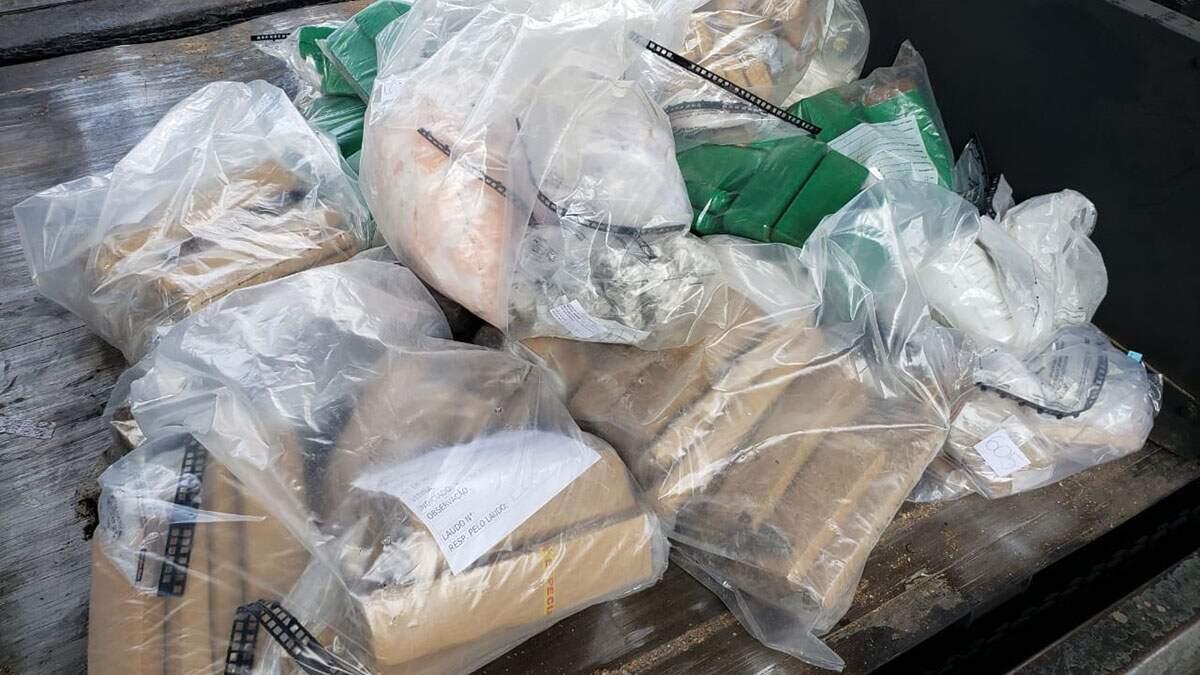 Dise de Limeira incinera mais de 300 quilos de drogas em Nova Odessa