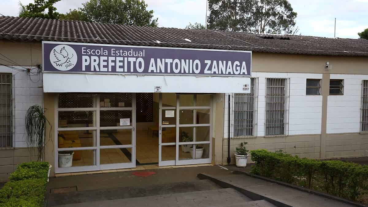 Justiça dá 420 dias para Estado reformar escola do Zanaga