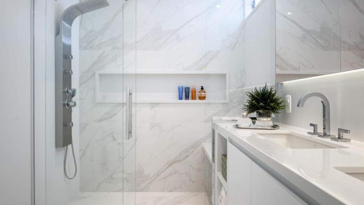 Realizar manutenção preventiva ajuda a evitar acidentes no banheiro