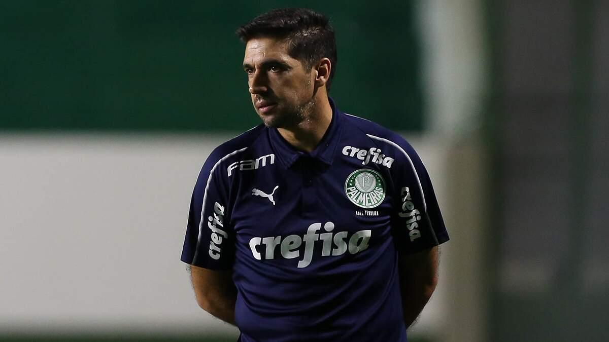 Abel Ferreira conquista jogadores com bordões e convencimento