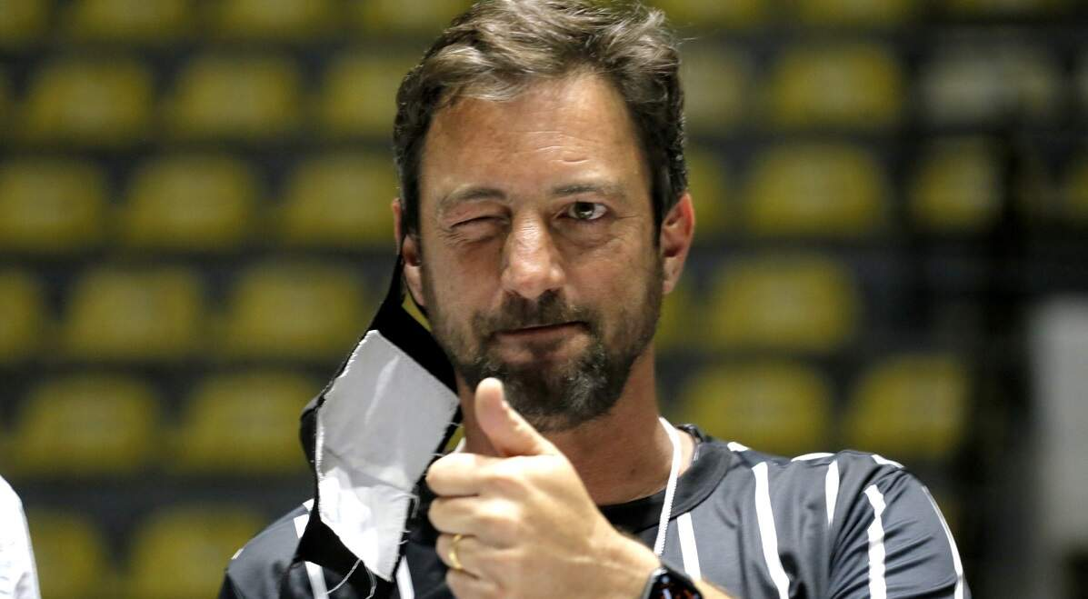 Duílio Monteiro Alves vence eleição e comandará o Corinthians até o fim de 2023