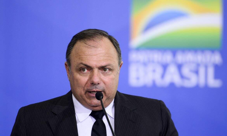 Brasil rapidamente será o 2º país com mais vacinados no ocidente, diz Pazuello