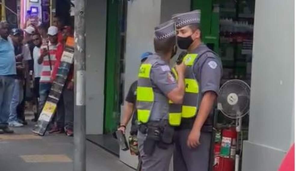 PM é preso após ameaçar e apontar arma para outro policial em SP
