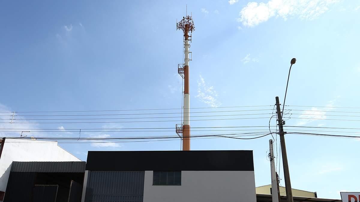 Ação tenta derrubada de torre de telefonia no Jaguari