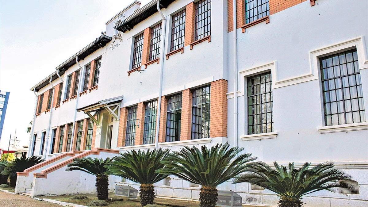 Bibliotecas da região intensificam atendimento por telefone e WhatsApp