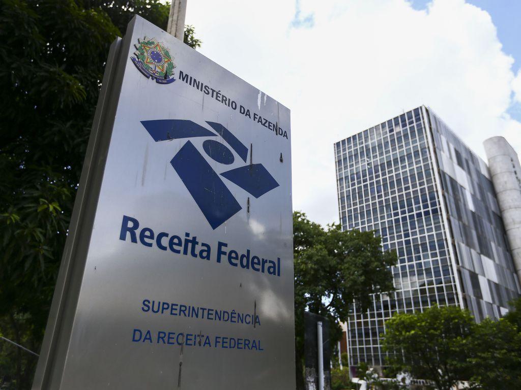Arrecadação de impostos e contribuições federais soma R$ 1,479 trilhão em 2020