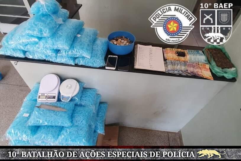 Baep prende membros do PCC no Conjunto Roberto Romano, em Santa Bárbara