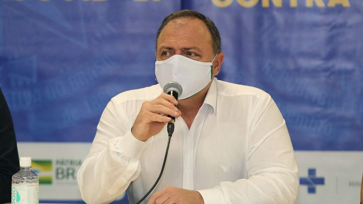Pazuello depõe à PF em inquérito que apura prevaricação de Bolsonaro