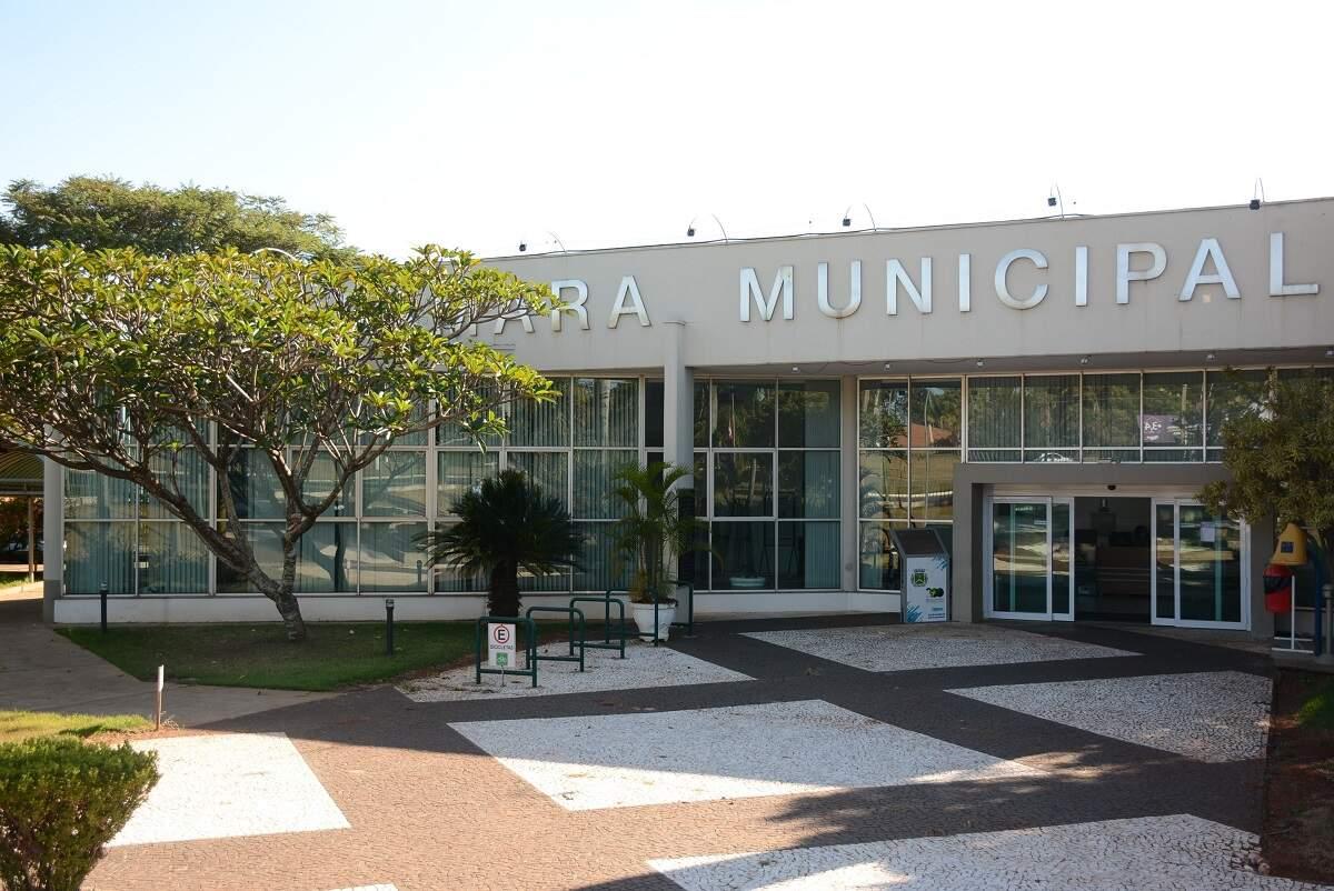 Câmara de Santa Bárbara anuncia volta das sessões presenciais