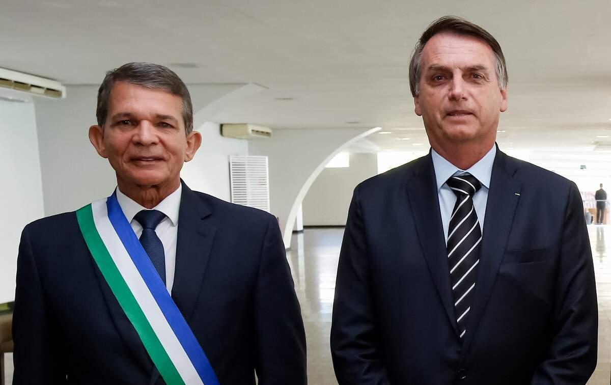 Resultado de imagem para Bolsonaro indica general Joaquim Silva e Luna para presidência da Petrobras