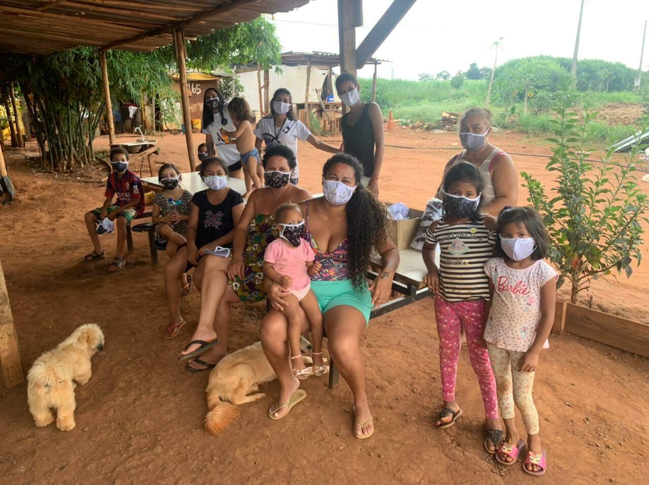 doação de máscaras americana