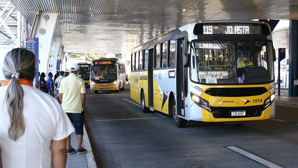 Prefeitura anuncia gratuidade do transporte para idosos a partir dos 60 anos