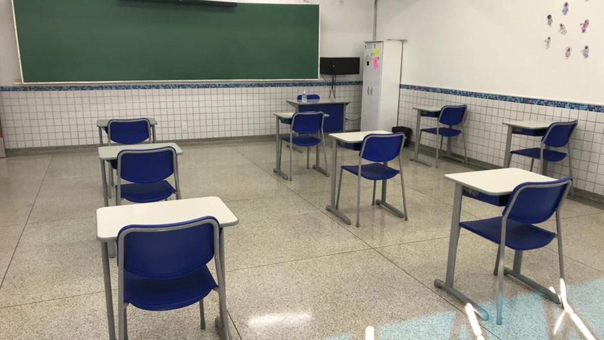 Pais de alunos promovem carreata para abertura das escolas em Campinas