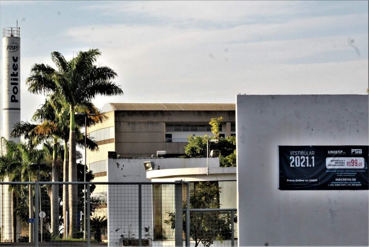 Faculdade de Santa Bárbara pede fim da greve; professores negam
