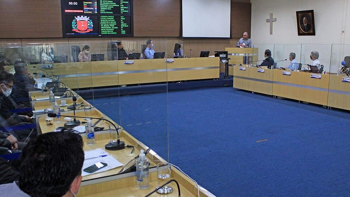 Projeto quer multar em até R$ 290 mil quem alugar espaço para festa na pandemia