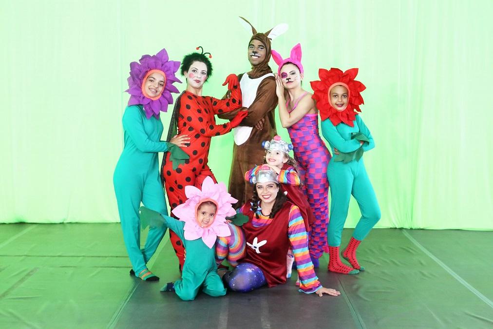 Espetáculo de dança infantil tem apresentações gratuitas neste final de semana