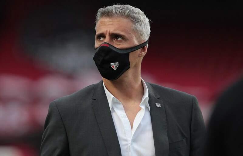 Após empates e críticas, São Paulo anuncia saída do técnico Hernán Crespo