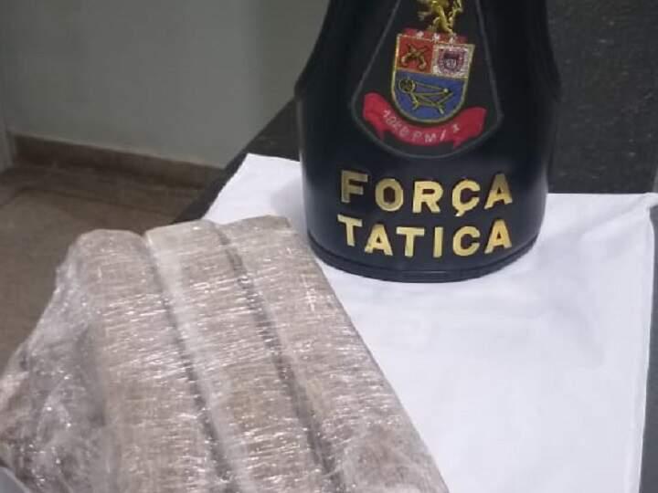 PM prende homem flagrado com 2 kg de maconha em Santa Bárbara