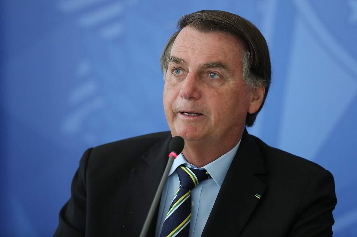 Bolsonaro repete que se Parlamento promulgar, teremos voto impresso em 2022