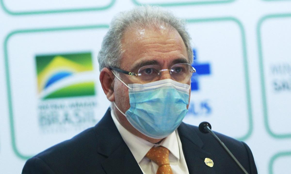 Em Nova York, ministro Marcelo Queiroga testa positivo para a Covid-19