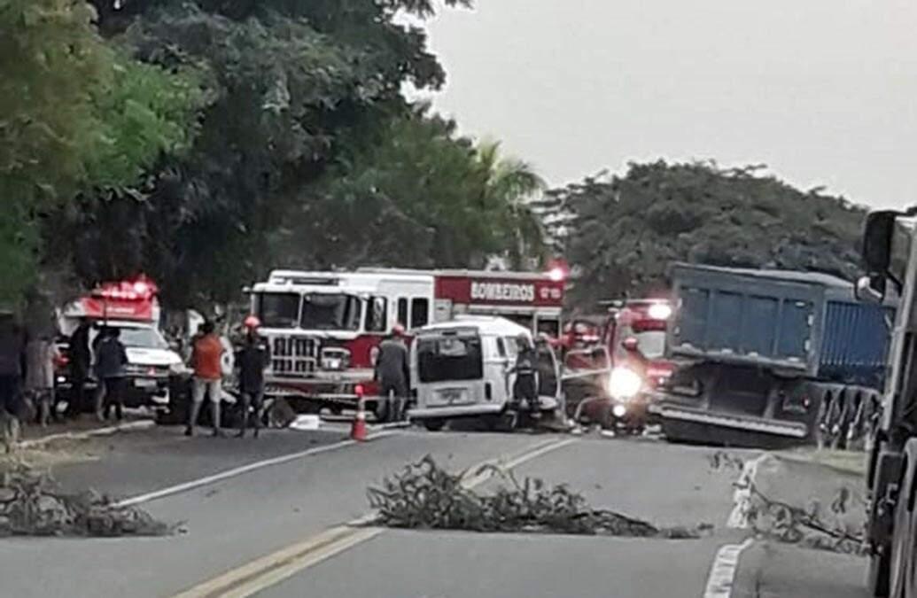 Colisão deixa uma vítima grave na Rodovia Lix da Cunha em Campinas