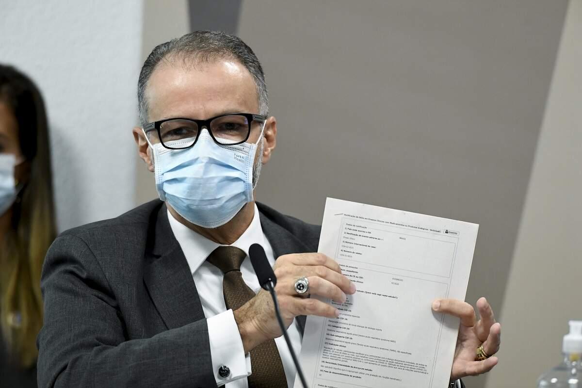 Presidente da Anvisa confirma reunião para mudar bula da cloroquina