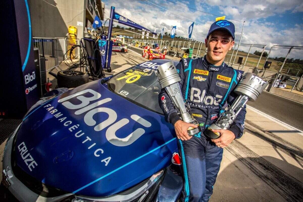 TMG/Blau Motorsport sobe duas vezes ao pódio em rodada dupla da Stock Car