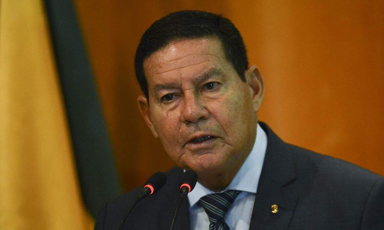Mourão reconhece 'retórica forte' do governo, mas descarta ruptura no século 21