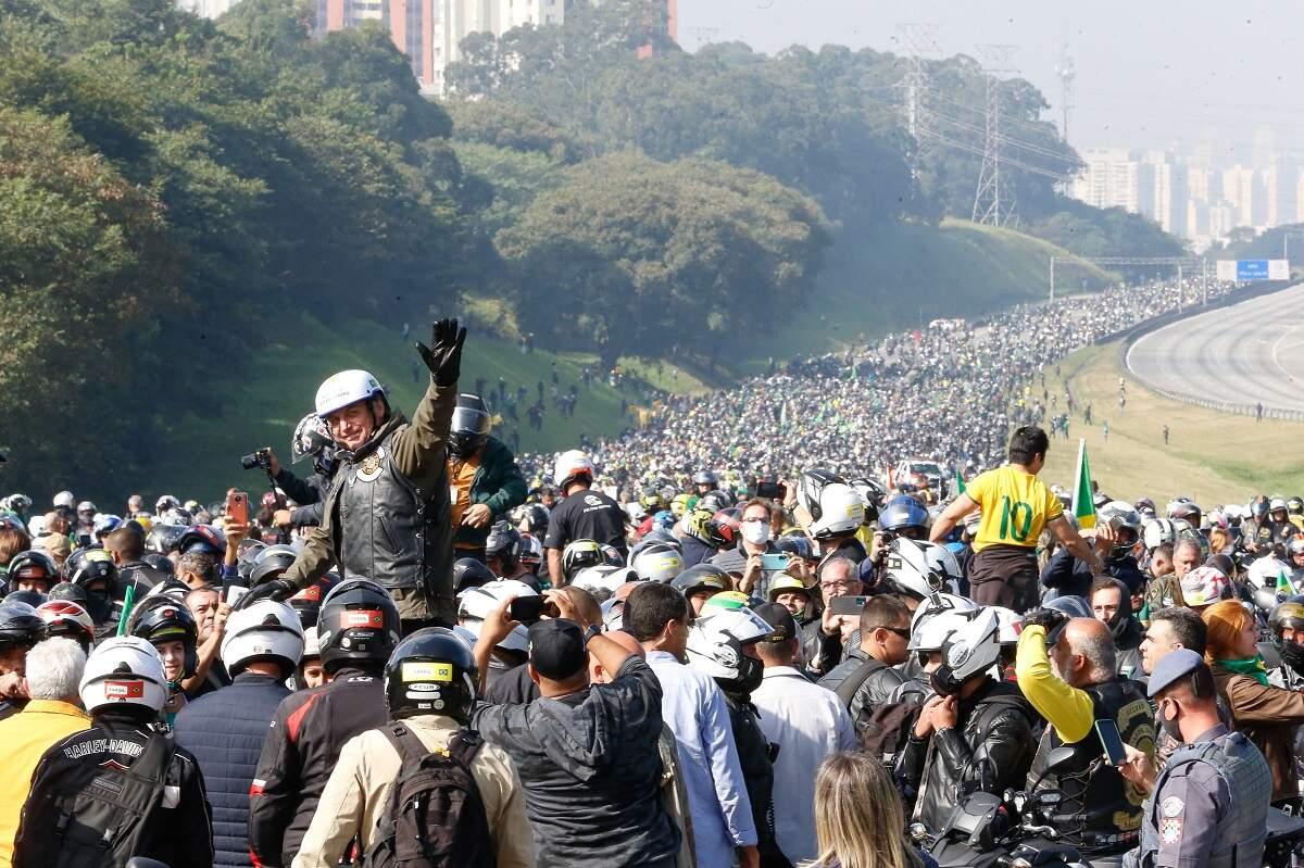 'Motociata' fez banco de dados dos apoiadores