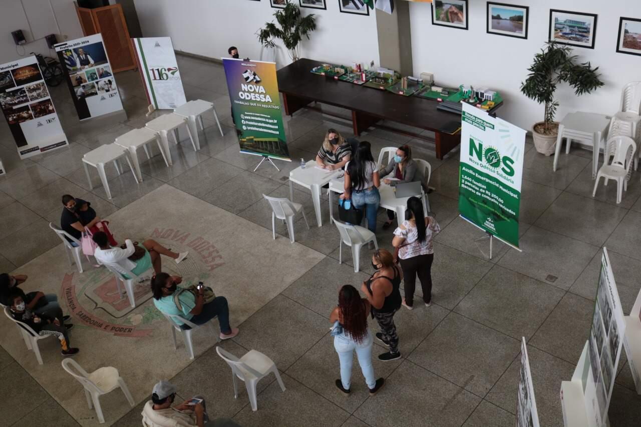 Nova Odessa entrega 91% dos cartões do auxílio emergencial municipal