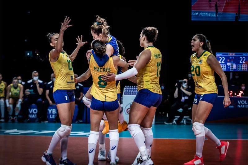 Brasil bate Alemanha de virada na Liga das Nações feminina