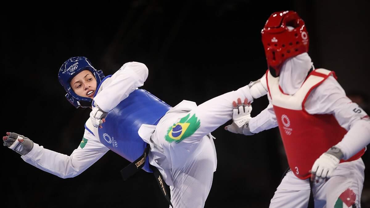 Milena Titoneli perde de marfinense e fica sem medalha no taekwondo