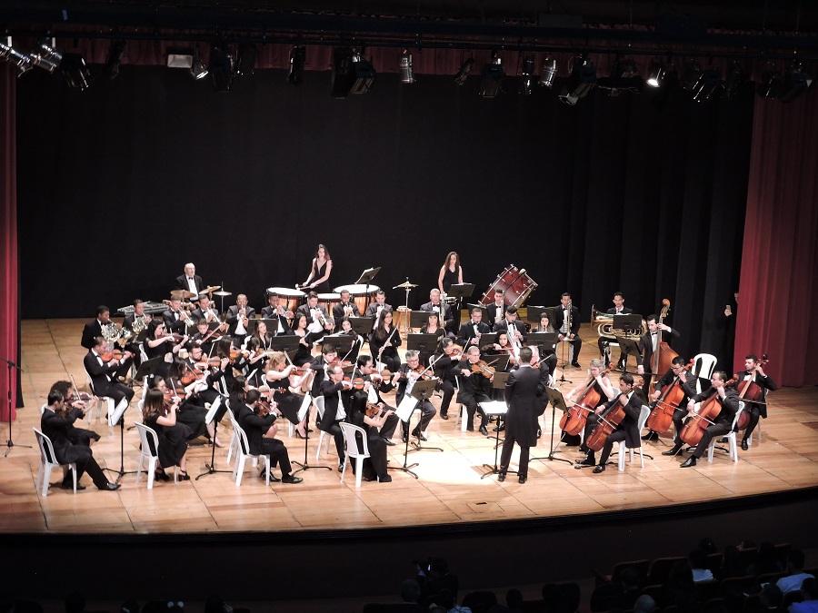 Banda Marcial e Orquestra Filarmônica homenageiam a Escola Senai e seus 39 anos