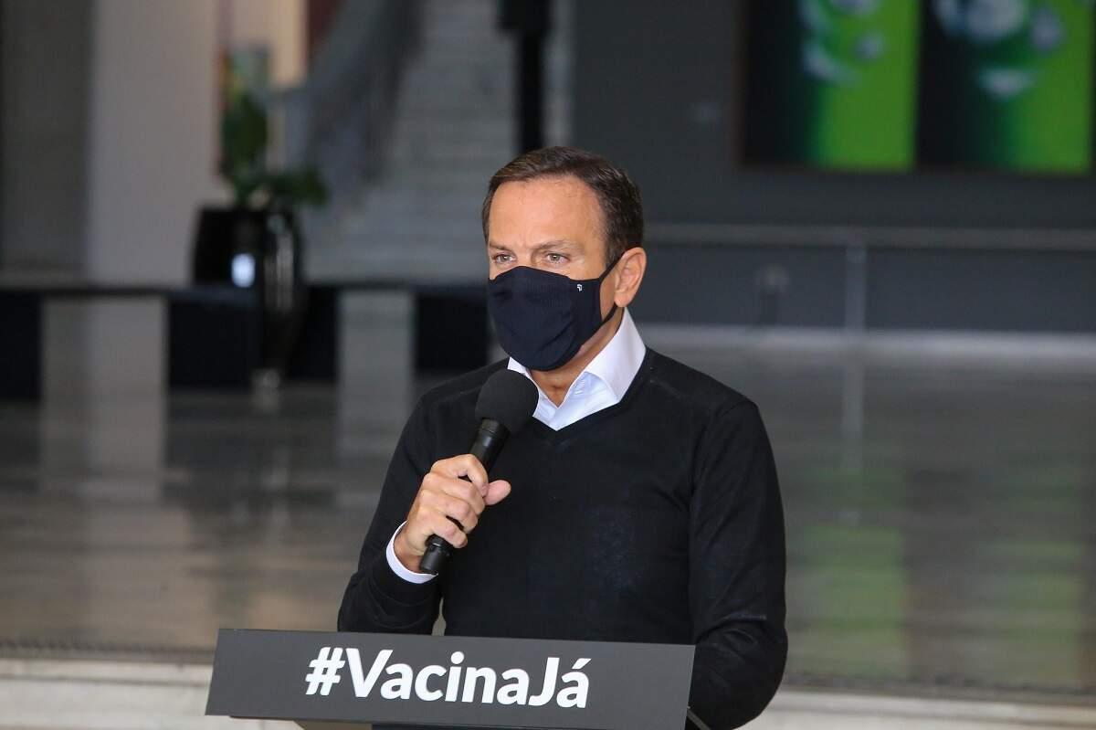 Atraso de vacinas compromete imunização de adolescentes; Doria vai à Justiça