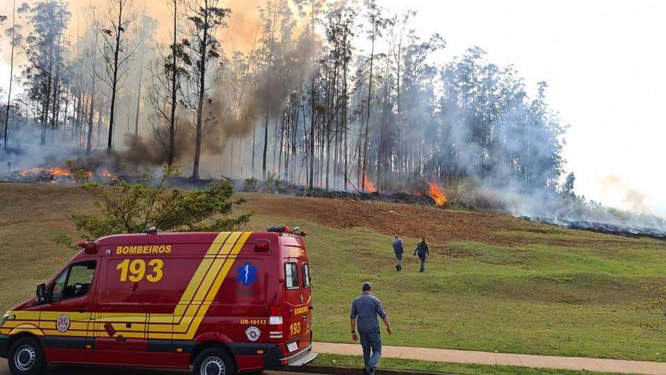 Avião cai em Piracicaba e deixa ao menos sete mortos