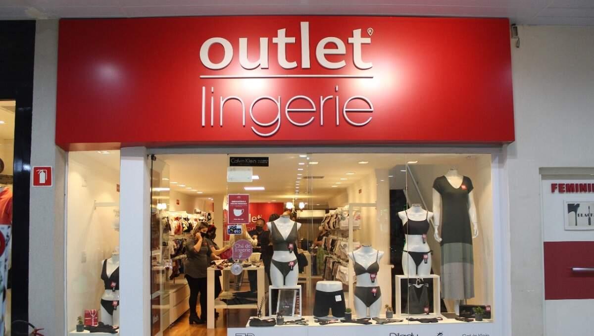 Outlet Lingerie reinaugura com espaço para chá de lingerie