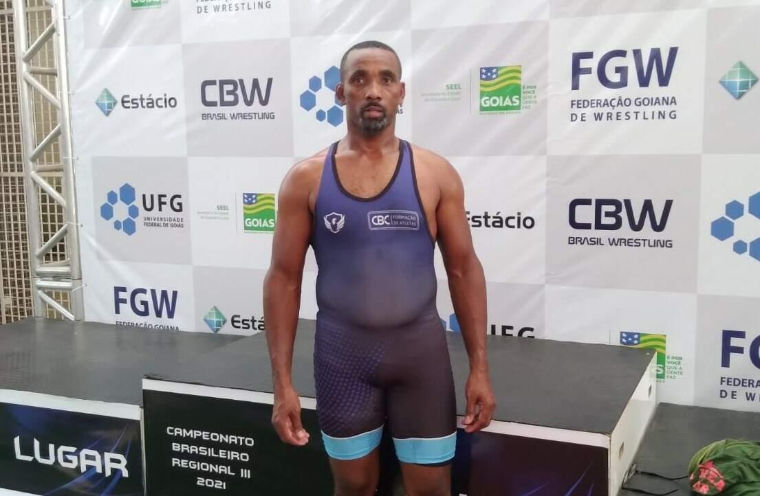 Luciano Fernandes, de SB, é vice-campeão do Brasileiro Regional de Wrestling